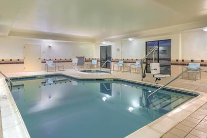 Pool | Springhill Suites by Marriott Richmond Northwest