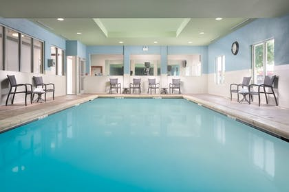 Pool | Holiday Inn Express Hotel & Suites Chattanooga Downtown