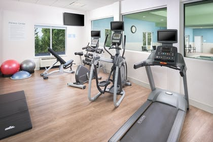 Fitness Facility | Holiday Inn Express Hotel & Suites Chattanooga Downtown