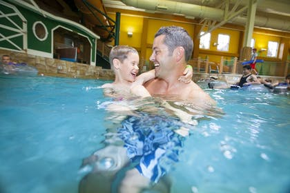 Indoor Pool | Great Wolf Lodge Grapevine