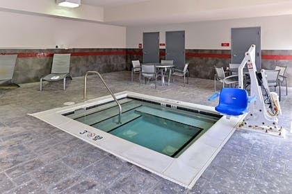 Indoor Spa Tub | Comfort Suites At Virginia Center Commons
