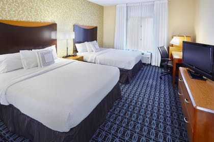 Guestroom | Fairfield Inn & Suites by Marriott Cartersville
