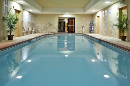 Pool | Holiday Inn Express Hotel & Suites Lavonia