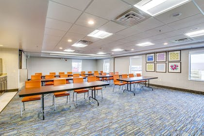 Meeting Facility | Holiday Inn Express Vincennes