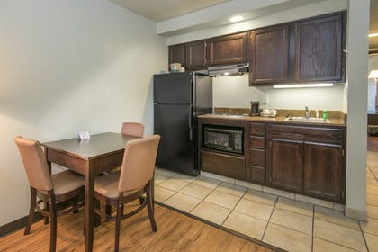 In-Room Kitchen | Markham House Suites - Little Rock Medical Center