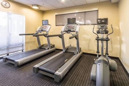 Sports Facility | Marriott TownePlace Suites Dayton North