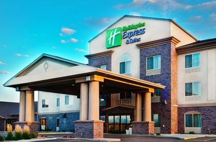 Featured Image | Holiday Inn Express & Suites Sheldon