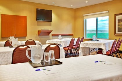 Meeting Facility | Holiday Inn Express & Suites Sheldon
