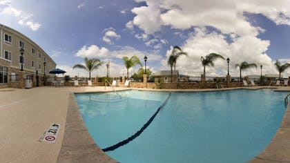 Outdoor Pool | Holiday Inn Express Hotel & Suites New Iberia - Avery Island