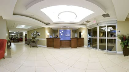 Interior Entrance | Holiday Inn Express Hotel & Suites New Iberia - Avery Island