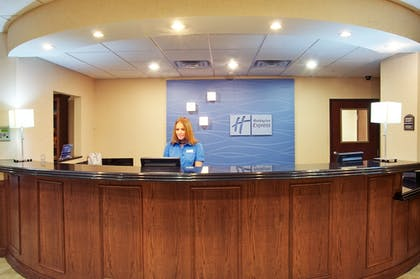 Interior   Holiday Inn Express & Suites Lufkin South