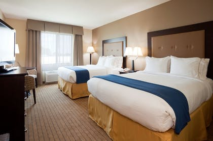 Guestroom | Holiday Inn Express Hotel & Suites Madison-Verona