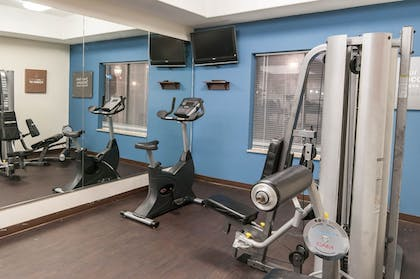 Fitness Facility | Comfort Suites Hobby Airport