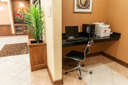 Business Center | Comfort Suites Hobby Airport