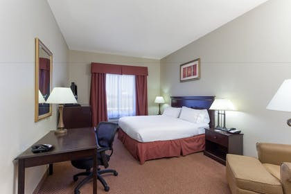 Guestroom   Holiday Inn Express Hotel & Suites Clarksville