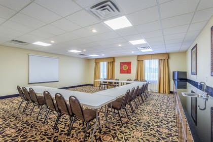 Meeting Facility   Holiday Inn Express Hotel & Suites Clarksville