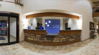 Reception | Holiday Inn Express Hotel & Suites Custer