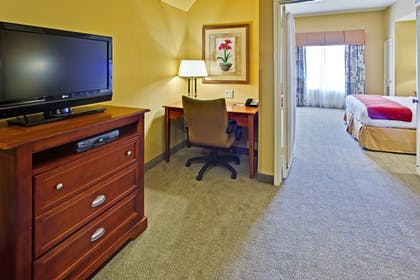 Guestroom | Holiday Inn Express Hotel & Suites DFW West - Hurst