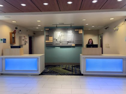 Lobby | Holiday Inn Express and Suites Exmore, Eastern Shore