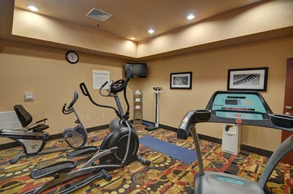 Fitness Facility | Holiday Inn Express & Suites Altus
