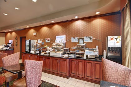 Breakfast buffet | Holiday Inn Express & Suites Altus