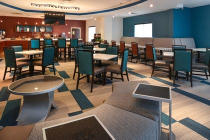 Restaurant | Springhill Suites by Marriott Oklahoma City Airport