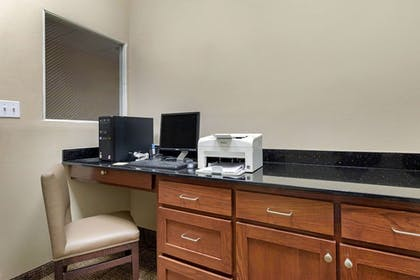 Business Center | Comfort Inn Port Arthur