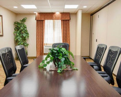 Meeting Facility | Comfort Suites Eugene