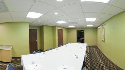 Meeting Facility | Holiday Inn Express & Suites - Thornburg, S. Fredericksburg