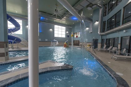 Pool | Holiday Inn Express Hotel & Suites in North East (Erie)