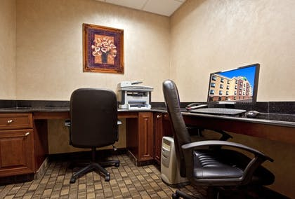 Business Center | Holiday Inn Express Hotel & Suites in North East (Erie)