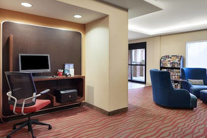 Business Center | TownePlace Suites Harrisburg Hershey