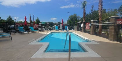 Outdoor Pool | TownePlace Suites Charleston Mt. Pleasant