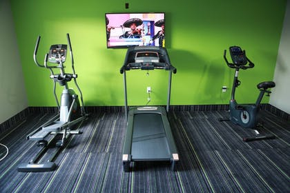 Fitness Facility   Home Inn and Suites
