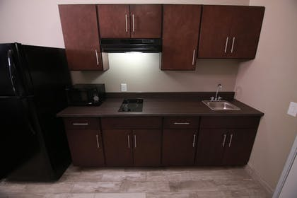 In-Room Kitchen   Home Inn and Suites
