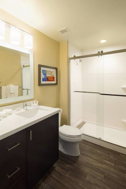 Bathroom | TownePlace Suites by Marriott Austin Round Rock
