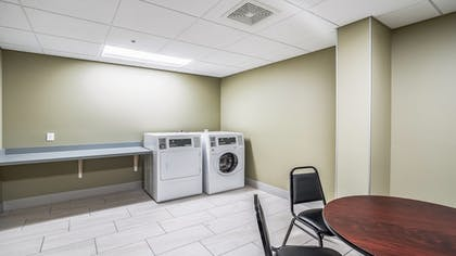 Laundry Room | Holiday Inn Express and Suites-Platteville
