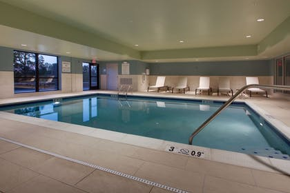 Pool | Holiday Inn Express and Suites-Elizabethtown North