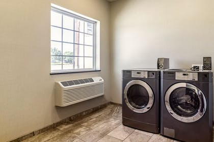 Laundry Room | Cobblestone Hotel & Suites - Gering/Scottsbluff