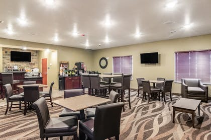 Breakfast Area | Cobblestone Hotel & Suites - Gering/Scottsbluff