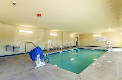 Indoor Pool | Cobblestone Hotel & Suites - Gering/Scottsbluff