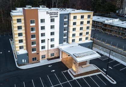 Exterior | Fairfield Inn & Suites by Marriott Asheville Tunnel Road