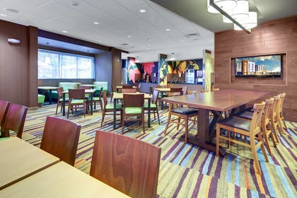 Restaurant | Fairfield Inn & Suites by Marriott Asheville Tunnel Road