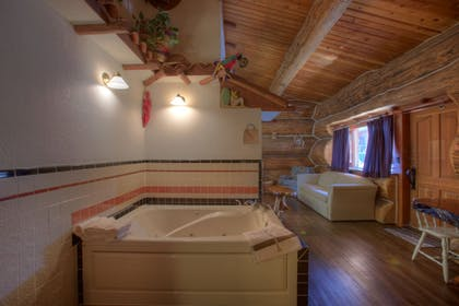 Jetted Tub | Soap Lake Natural Spa and Resort