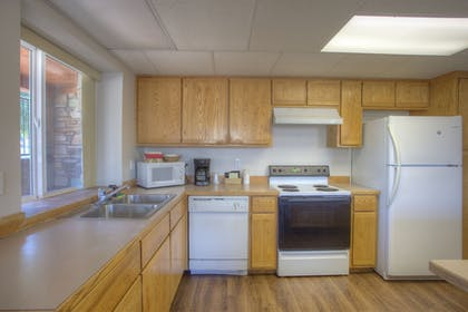 In-Room Kitchen | Soap Lake Natural Spa and Resort