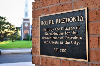 Exterior detail | The Fredonia Hotel and Convention Center