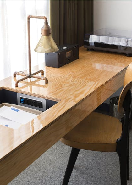 In-Room Business Center | Ace Hotel Chicago
