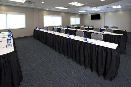 Meeting Facility | Holiday Inn Express & Suites Gaylord