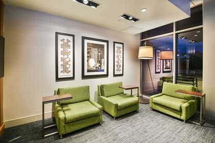 Lobby | Holiday Inn Express and Suites-Lehi - Thanksgiving Point