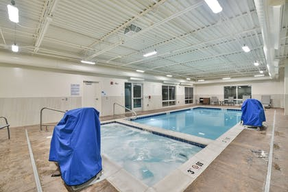 Pool | Holiday Inn Express and Suites-Lehi - Thanksgiving Point